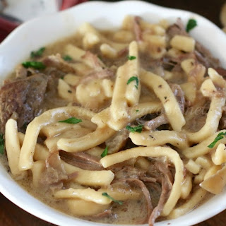 Crock Pot Beef & Noodles
