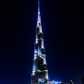 The Burj Khalifa by Zulfikar Khan - Buildings & Architecture Office Buildings & Hotels ( lights, night photography, tallest building, burj khalifa, nightscape )