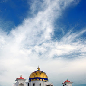 The Wonder of The Straits of Melaka Mosque by Muhammad Irwansyah - Buildings & Architecture Other Exteriors