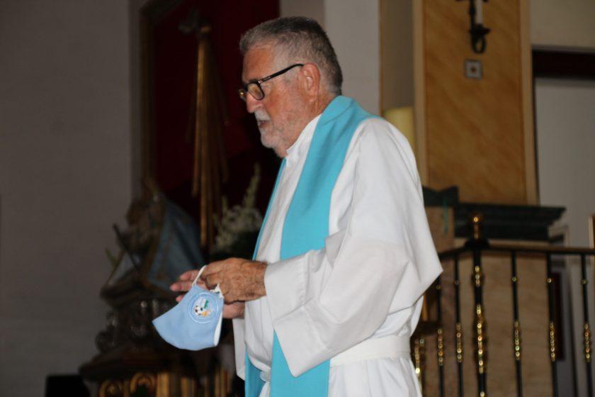 El sacerdote de los éxitos y capellán celeste no podía faltar.