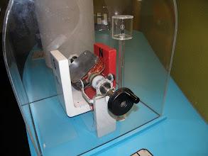 Photo: 1. den - Někdo tomu nerozumí a přitom stačí zatočit! (Musée EDF Electropolis, Mulhouse, Francie)