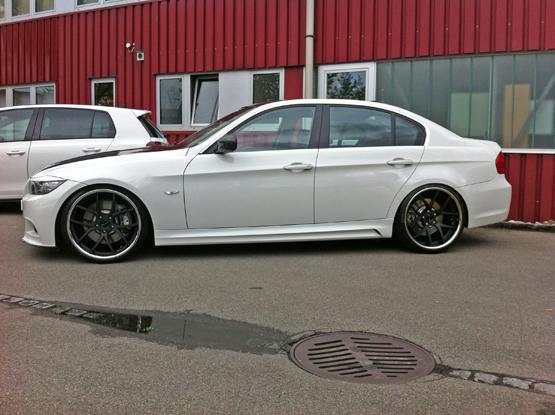 Photo: BMW 3-Series on Giovanna Monza