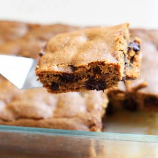Flourless Pumpkin Chocolate Chip Bars