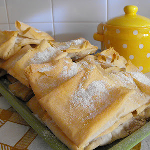 Filo Dough Pastry with Sweet Egg Cream and Cinnamon