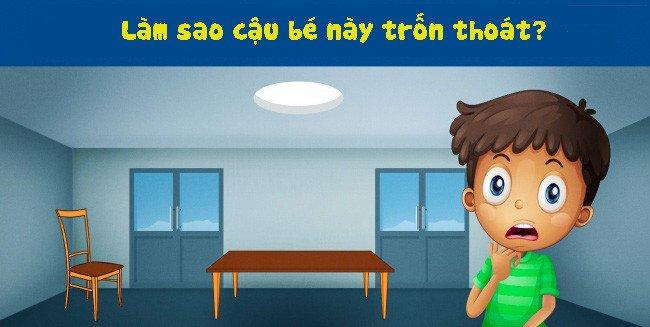 Một cậu bé đang bị kẹt trong một căn phòng.