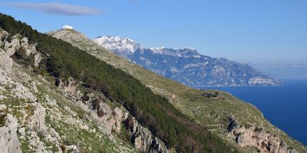 Photo: pineta di S. Costanzo, cappella, S. Angelo a 3 Pizzi, Tre Calli e Capo Sottile (Vettica di Praiano)