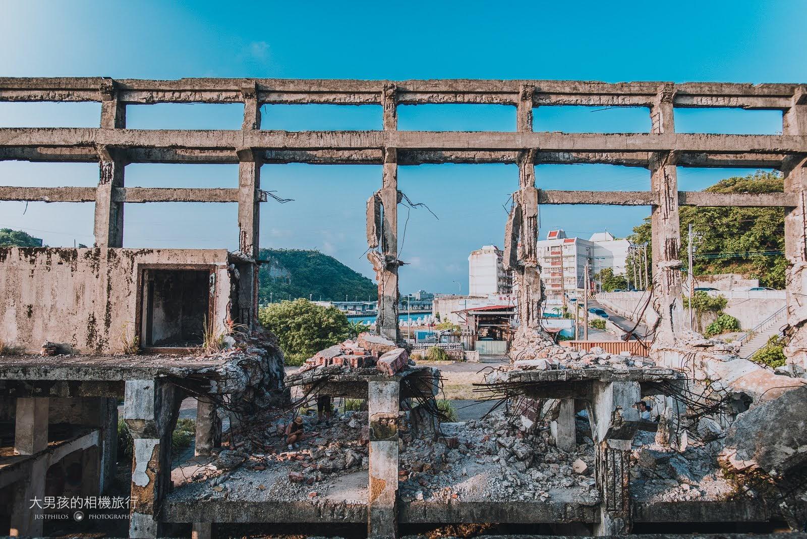 天氣好的時候即使只是破損的廢墟,阿根納造船廠還是非常吸睛。