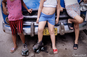 Photo: Three Girls, Two Skates, Havana
