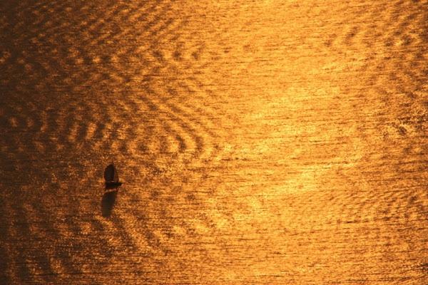Tramonto dorato sul Mare di adrianobani