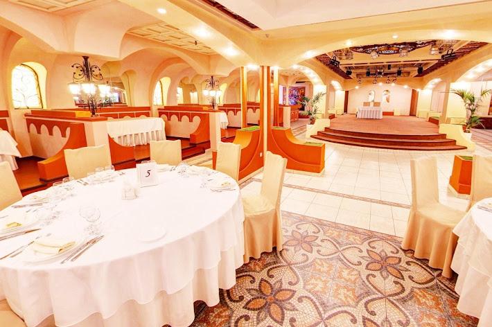 Фото №3 зала Ресторан «Измайловский двор»