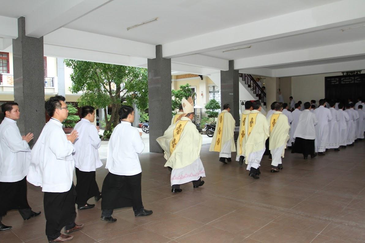 Lễ Phong Chức Phó Tế tại Toà Giám Mục Nha Trang - Ảnh minh hoạ 2