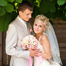 Wedding photographer Viktoriya Gurenkova (Vi-Vi). Photo of 09.07.2013