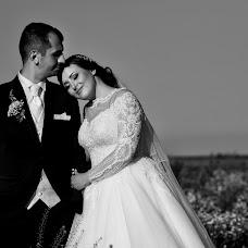 Wedding photographer Ioana Pintea (ioanapintea). Photo of 17.05.2018