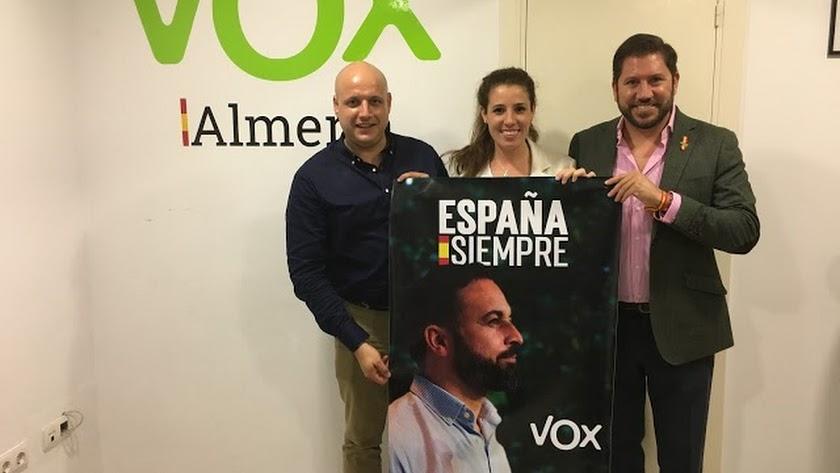 Carlos Fernández, primero por la derecha, ha dado positivo por coronavirus.