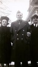 Photo: Mildred Tulman, Leo Sternbach, Salo Brunn