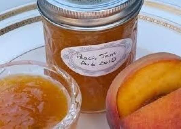 Uncooked Peach Jam