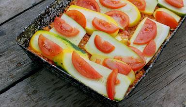 Photo: Cukinia zapiekana z mielonym mięsem i pomidorami (jeszcze przed upieczeniem) 36