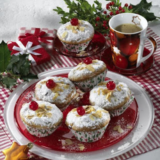 German Stollen Christmas Cupcakes