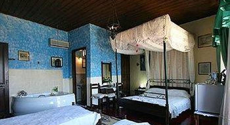 Ifigenia Rooms