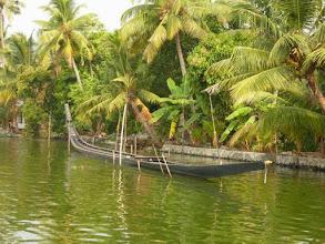 Photo: Un snakeboat dans les Backwaters du Kérala en Inde