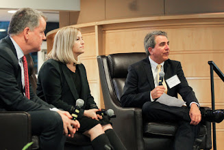 Photo: Celebration of Business ExcellenceDean Eric Johnson extends gratitude to individuals for their contributions to our business community. Megan Barry and Doug Parker will be speaking. We need to capture people mingling and networking, then parts of the dinner (Daniel Dubois / Copyright Vanderbilt University)