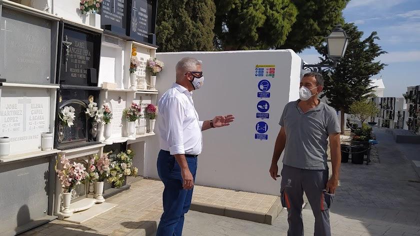 protocolo de seguridad y prevención para el cementerio municipal de cara a Todos los Santos.