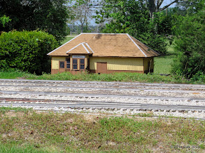 Photo: Sumrall Station at West Sumrall     HALS Public Run Day 2014-0419 RPW   11:56 AM
