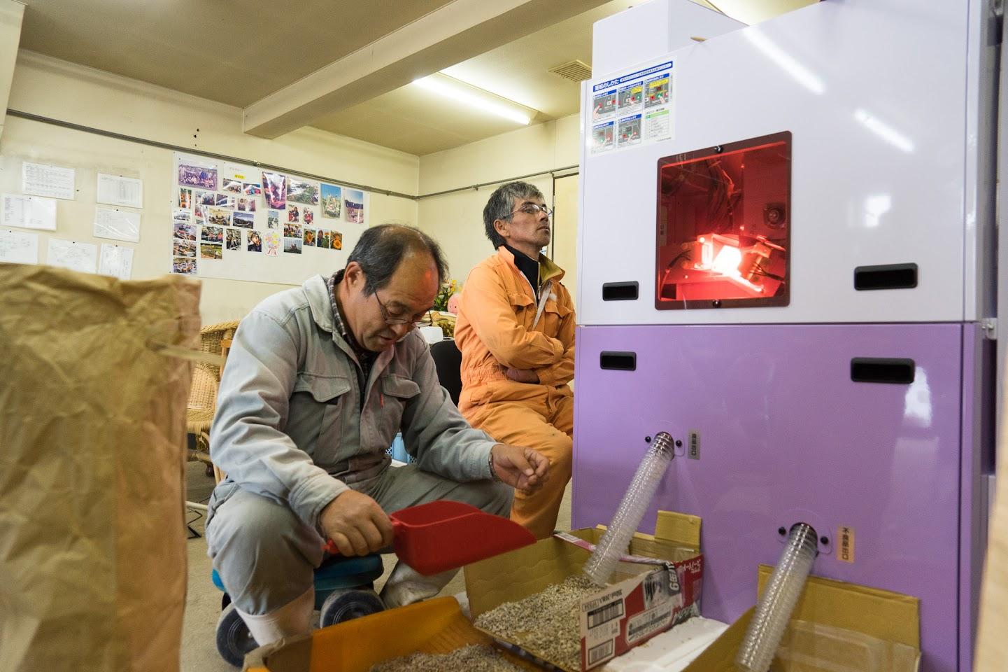 【No.17】ナッツ用ひまわりの種殻剥き & 選別作業