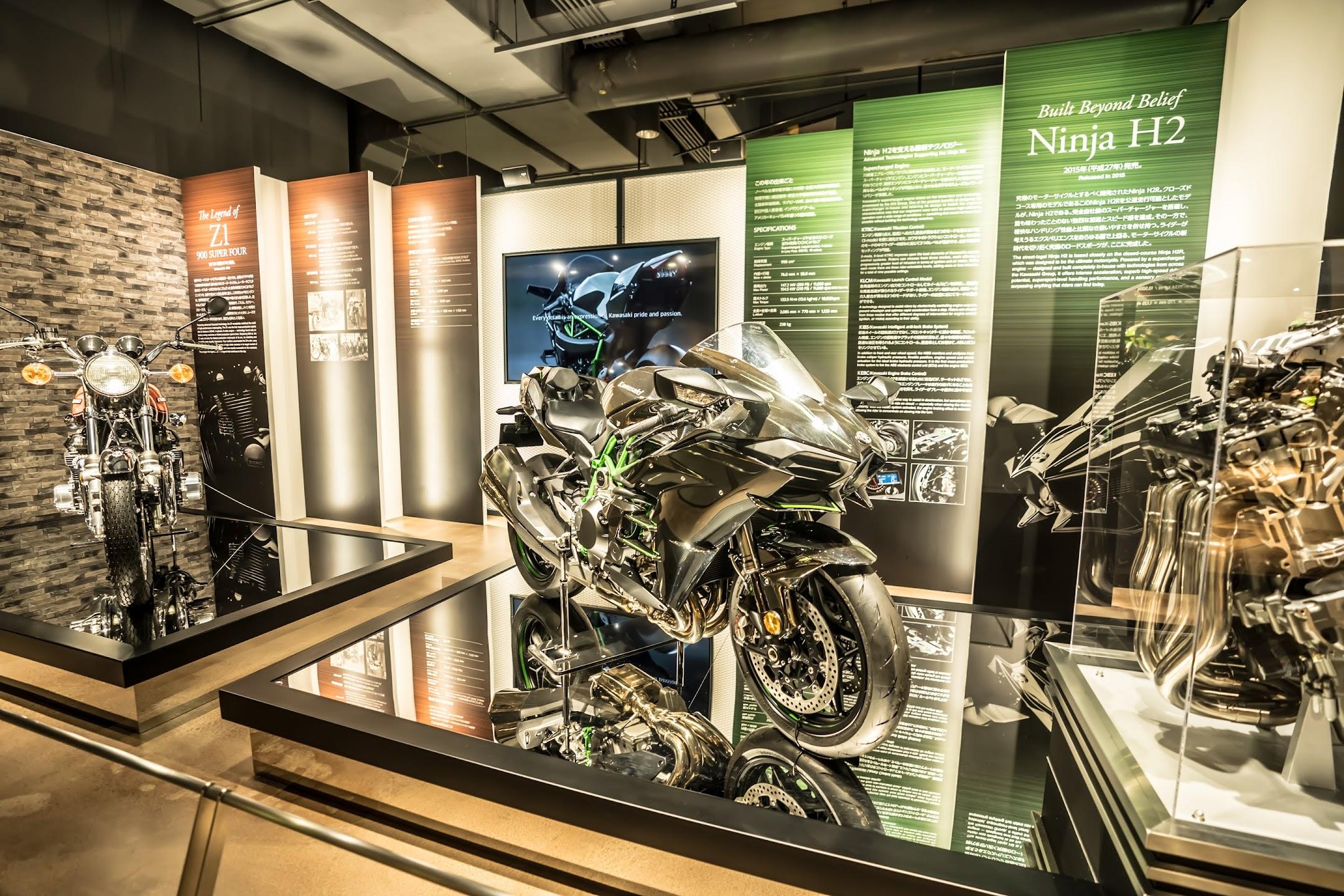 神戸 メリケンパーク カワサキワールド オートバイ2