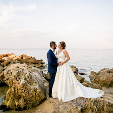 Wedding photographer Georgios Muratidis (MOURATIDIS). Photo of 17.01.2018