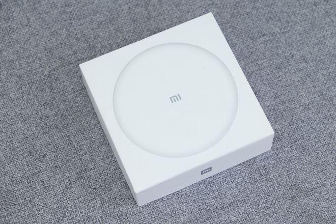 Mua phụ kiện Xiaomi với sạc không dây, nên hay không nên?