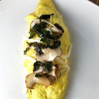 Mushroom, Kale & Mozzarella Omelette