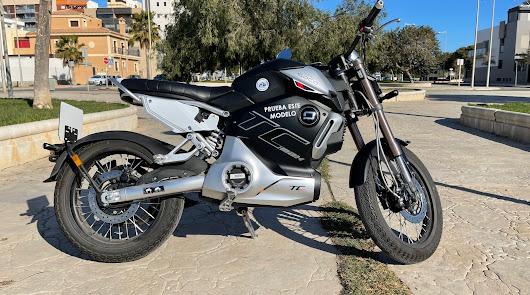 Super Soco TC Max la moto ciudadana del siglo XXI