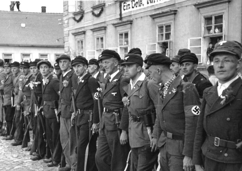 Dobrovolnická jednotka Freikorpsu.jpg