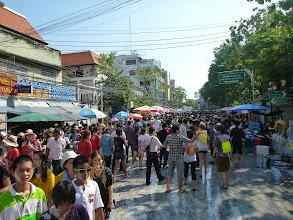 Photo: Kdokoli vyjde na ulici musí počítat s tím, že nezůstane dlouho suchý.