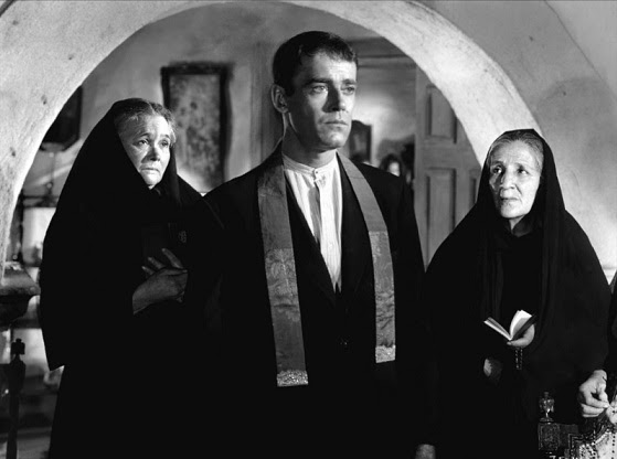 Resenha #33 - Domínio de Bárbaros (The Fugitive, 1947)