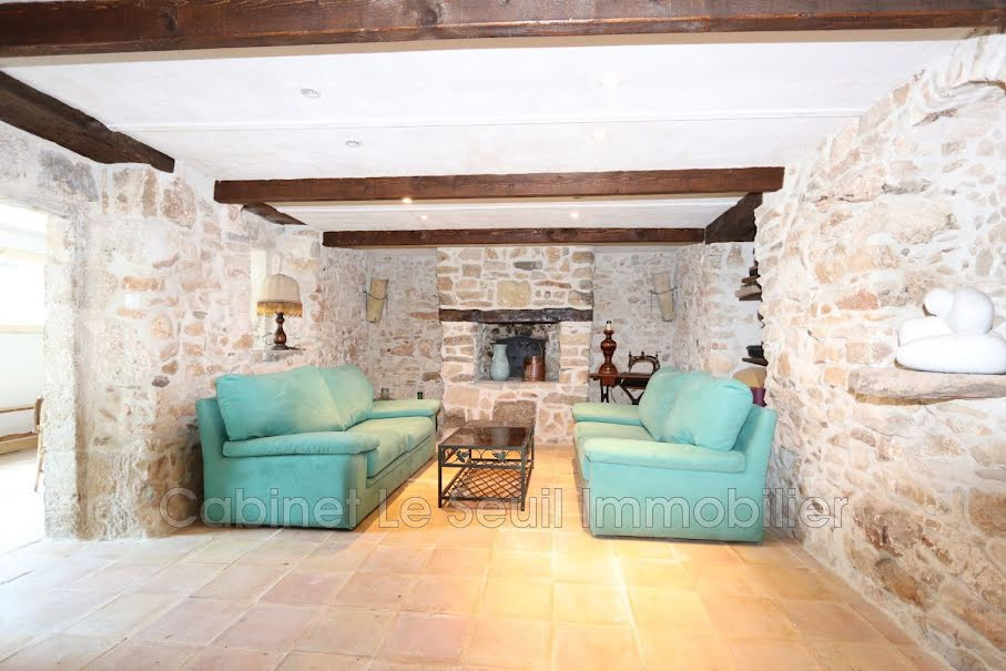 Vente villa 7 pièces 400 m² à Simiane-la-Rotonde (04150), 680 000 €