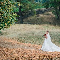 Wedding photographer Oleg Podyuk (DAVISDM). Photo of 14.10.2016