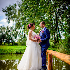 Wedding photographer Adrian Craciunescul (craciunescul). Photo of 30.05.2017