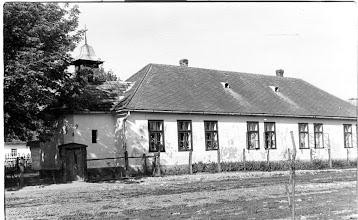 Photo: A régi iskola és katolikus templom egyben