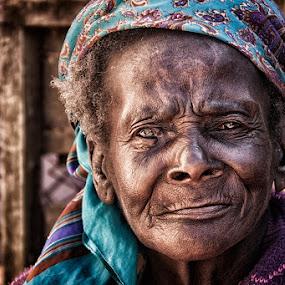 old lady by Linda Stander - People Street & Candids