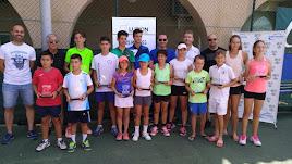 Foto de familia con los mejores tenistas.