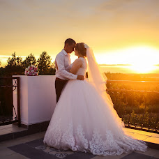 Wedding photographer Rada Bukharova (RadaBukharova529). Photo of 25.10.2018