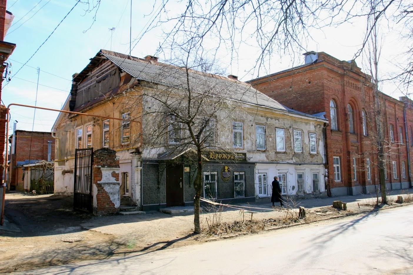 https://sites.google.com/site/istoriceskijtaganrog/kampengauzenskij-pereulok/dom-k-5