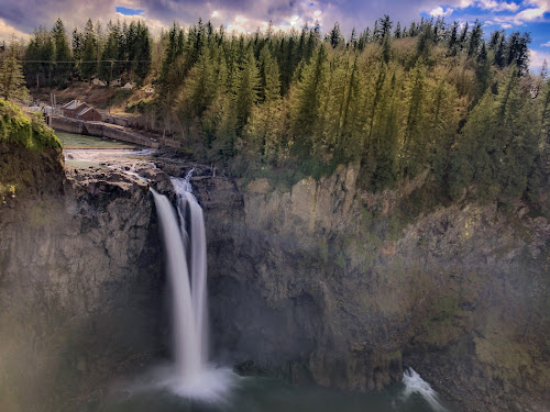 Snoqualmie Falls in Washington state by Kathy Dee - Landscapes Waterscapes ( water, park, nature, waterscape, waterfall, white, trees )