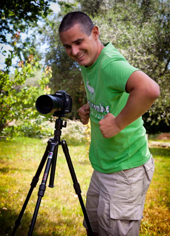 Use your photo tripod properly: protect your equipment from the wind