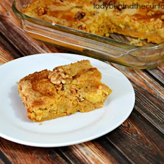 Easy Pumpkin Nut Dump Cake