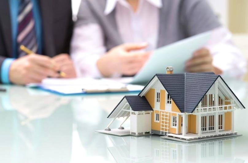 Podpisanie umowy kredytowej na budowę domu