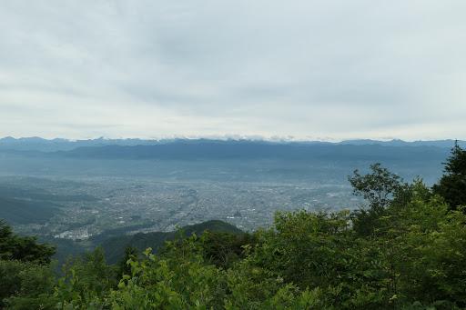 南アルプス方面の景色(下は飯田市)