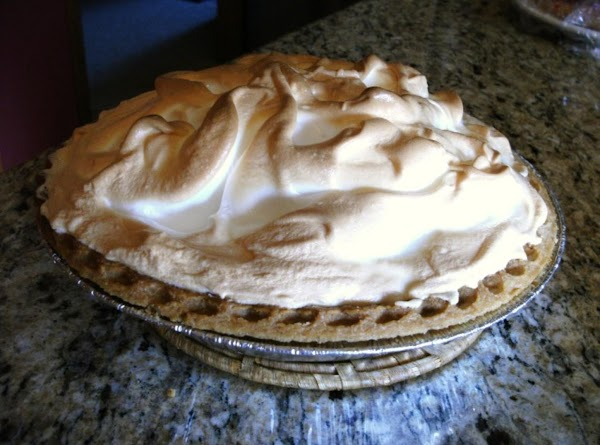 Chocolate Cream Pie With Meringue - Homemade Recipe